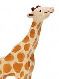 Petite Girafe mangeant en bois