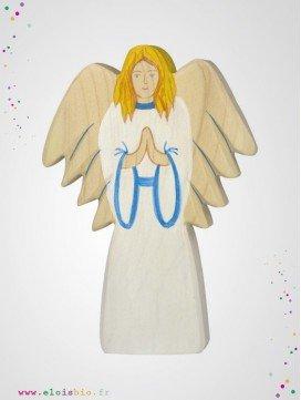 Archange en bois